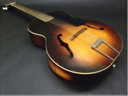 f hole guitar
